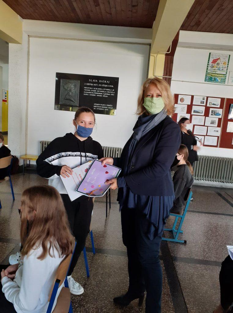 Gradonačelnica GOrdana Lipšinić i dječja gradonačelnica Lea Blažina